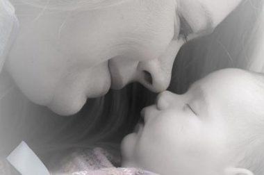 Massage bébé : comment masser son bébé ?